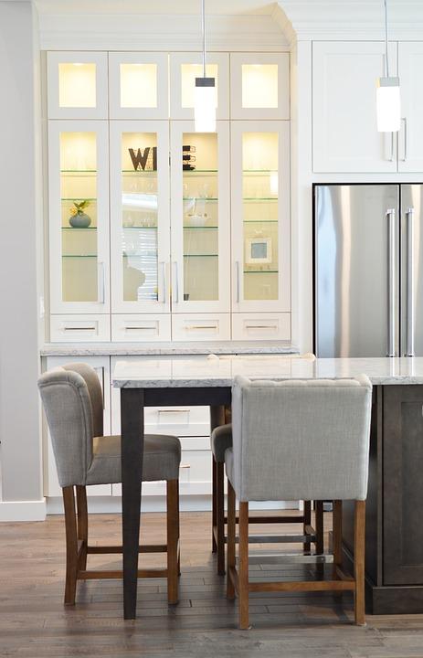 šlampa šaldytuvas Tikros galimos priežastys dėl ko šlampa šaldytuvas
