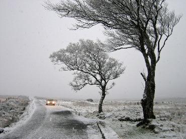 neužsiveda automobilis žiemą Išsiaiškinkime galimas priežastis kodėl neužsiveda automobilis žiemą
