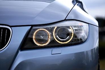 rasoja automobilio lempos Kas gali įtakoti kai  rasoja automobilio lempos