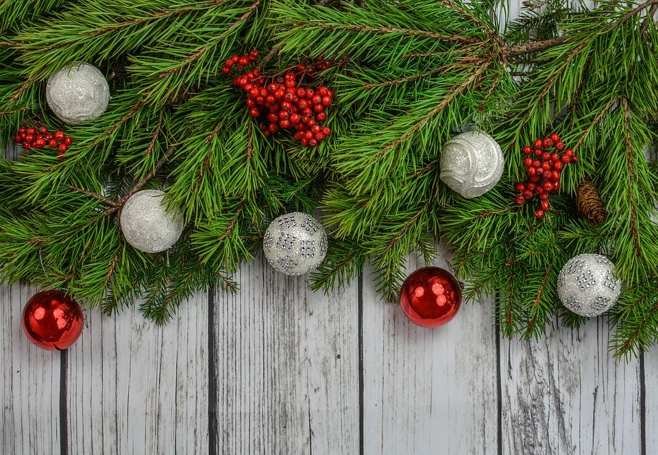 Su šventom Kalėdom.  Su Šventom Kalėdom- Jaukumo Jūsų namams!