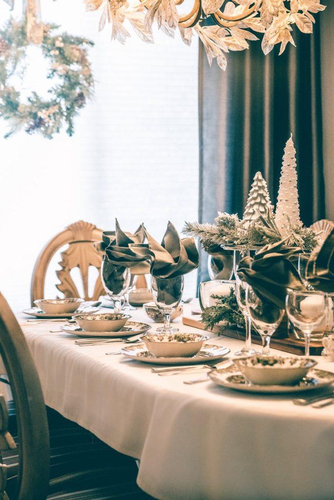 Kūčių stalo paruošimas ir tradicijos